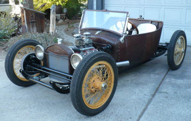 Reversed frame  si bas... si simple - Page 2 1929-ford-model-t-underslung-roadster-1