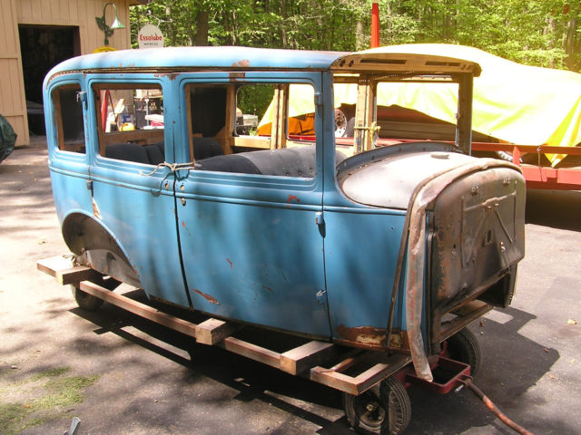 1930 ford model a town sedan project car 4 door briggs for 1930 model a 4 door sedan