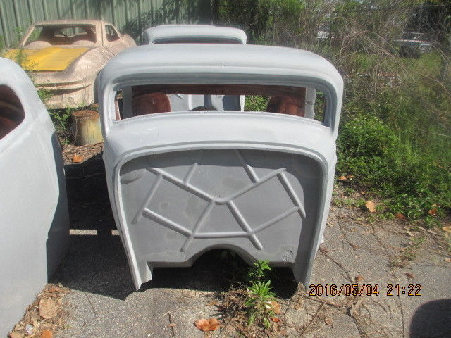 1932 ford 3 window vintage fiberglass replica body with 5 for 1932 ford 5 window fiberglass body