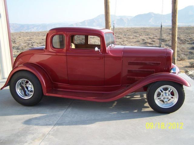 1932 ford coupe 5 window 3 chop for 1932 ford 3 window coupe chassis