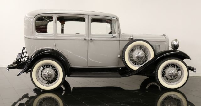 1932 ford model b deluxe 4 door sedan for 1932 ford four door