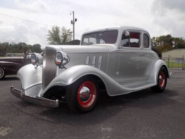 1933 chevrolet classic 0 silver coupe v8 5 3l automatic for 1933 chevy 5 window coupe for sale
