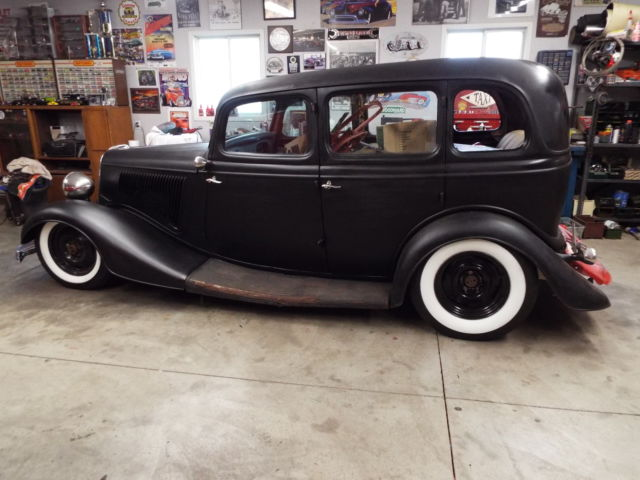 1934 Ford Sedan,With Thousands In Parts Collection. Rat ...