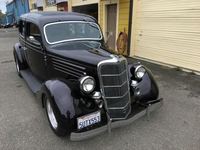 1935 ford four door custom for 1935 ford 4 door sedan