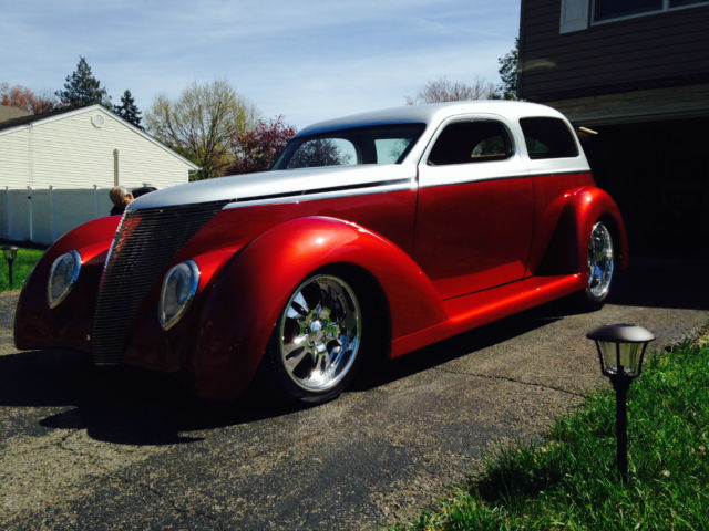 1937 ford 2 door sedan street rod show car hot rod 1932 for 1937 ford 2 door sedan