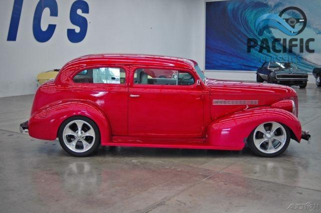1939 Chevrolet Master Deluxe 2 Door Sedan 454 200r Ac