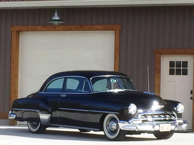1952 chevrolet styleline deluxe 2 door sedan for 1952 chevy 4 door