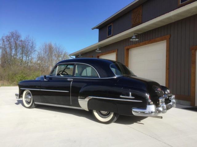 1952 Chevrolet Styleline Deluxe 2 Door Sedan