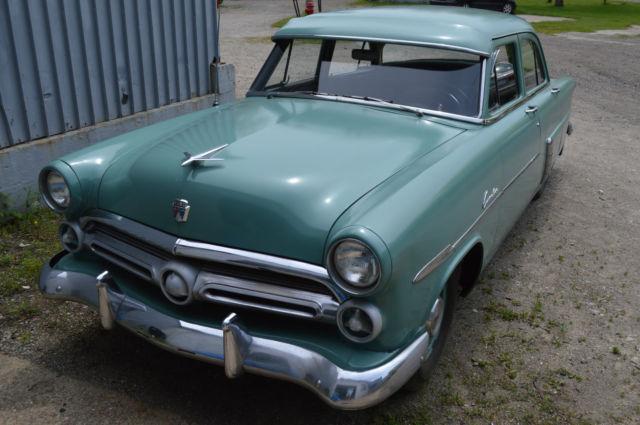 1952 ford customline four door sedan crestline mainline for 1952 ford customline 2 door