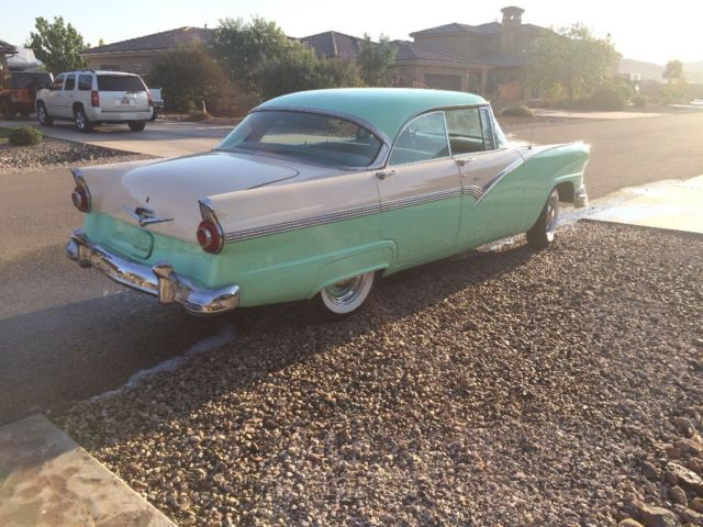 1956 ford victoria hardtop for 1956 ford fairlane 4 door hardtop
