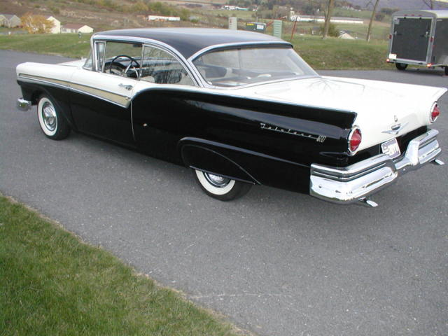 1957 ford fairlane 500 two door hardtop american classic for 1957 ford 2 door hardtop