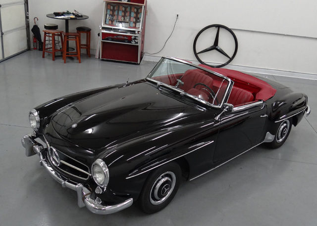 1958 mercedes 190sl convertible stunning restored for Mercedes benz suitcase