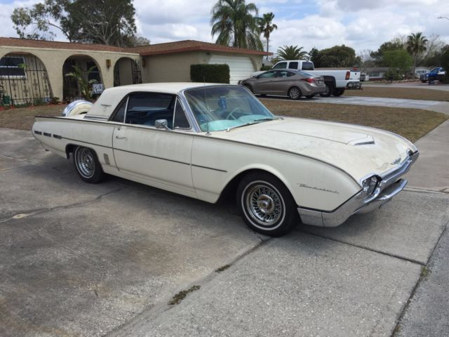 1962 Ford Thunderbird Coupe Hardtop