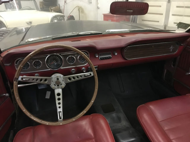 1965 ford mustang convertible pony interior no rust. Black Bedroom Furniture Sets. Home Design Ideas