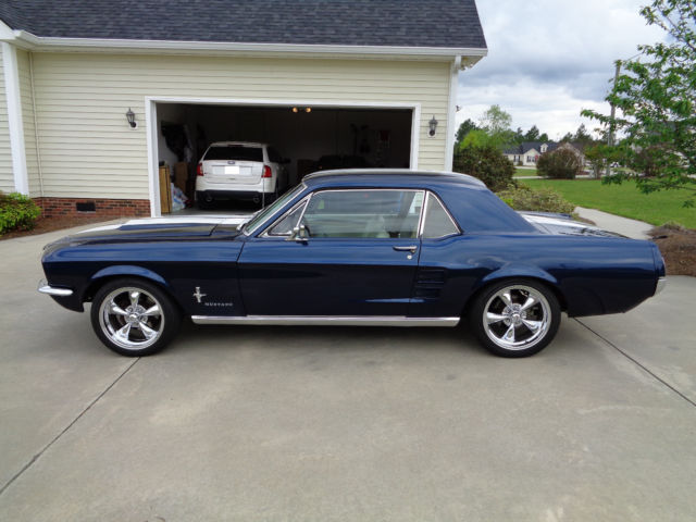 1967 Ford Mustang Coupe Restomod