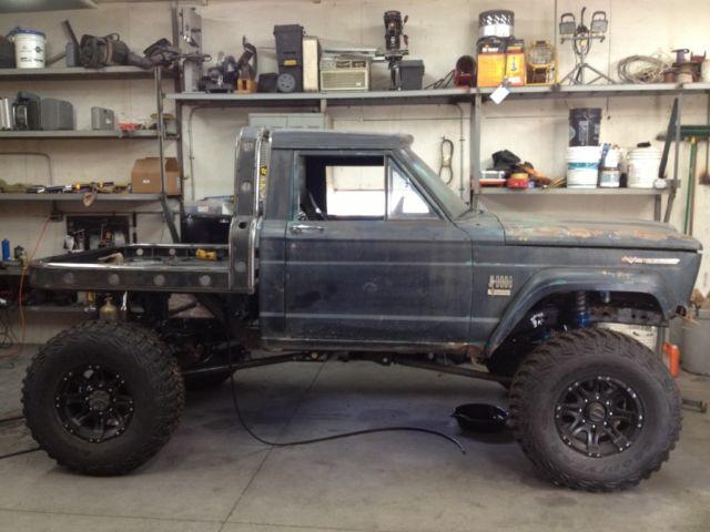 Jeep J20 Rock Crawler