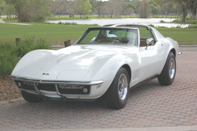 1968 Chevrolet Corvette Coupe 2-Door 327/ 4 speed manual