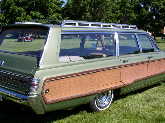 1968 CHRYSLER TOWN AND COUNTRY STATION WAGON 440 MOPAR DODGE C BODY
