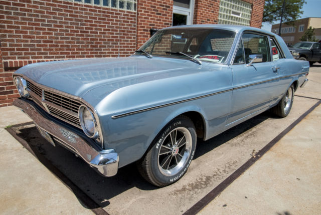 1968 Ford Falcon Futura - 289 - 4-speed - Daily Driver - A/C