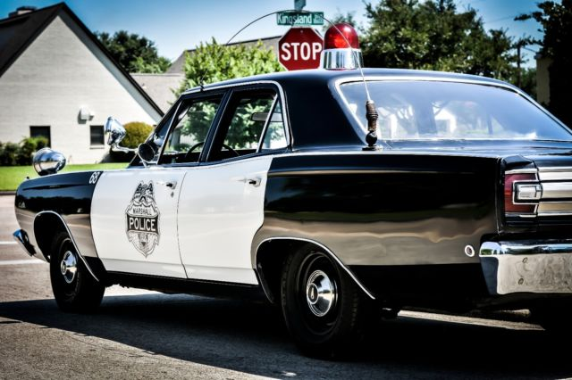 1968 plymouth satellite police car. Black Bedroom Furniture Sets. Home Design Ideas