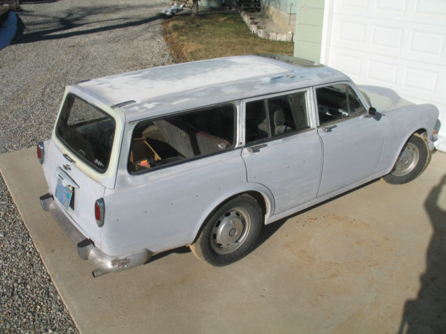 1968 volvo 122s wagon amazon volvo 220 classic wagon. Black Bedroom Furniture Sets. Home Design Ideas