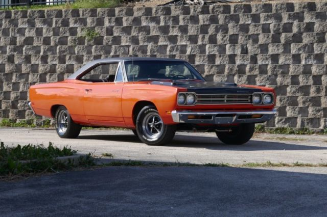 Car Auctions In Illinois >> 1969 Plymouth Road Runner -REAL H CODE 383-HEMI ORANGE