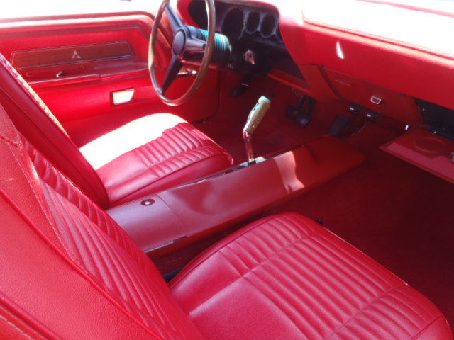 1970 dodge challenger t a classic muscle car rare 4 speed red interior for Black dodge challenger with red interior