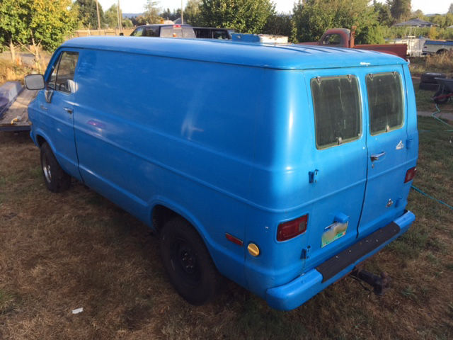 dodge  tradesman  shorty  stick shift  floor rare street van