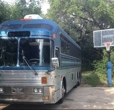1971 Silver Eagle Model 05 Entertainer Tour Bus Conversion