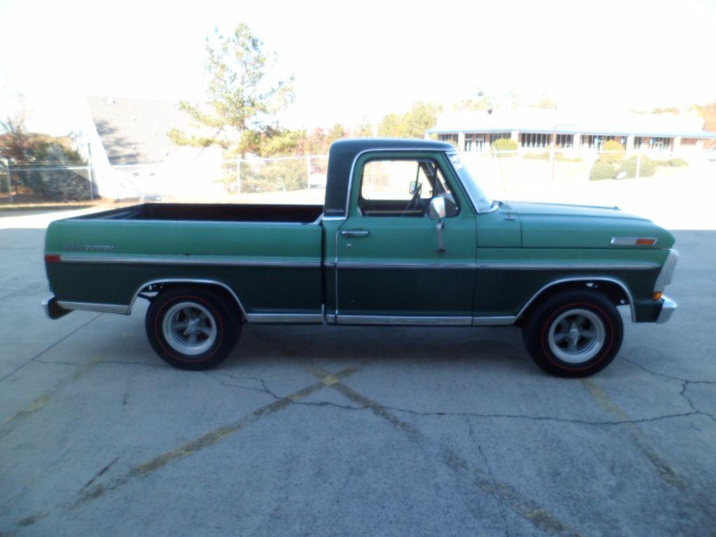 1972 ford f 100 sport custom custom cab truck 302 v8 automatic p s runs good. Black Bedroom Furniture Sets. Home Design Ideas