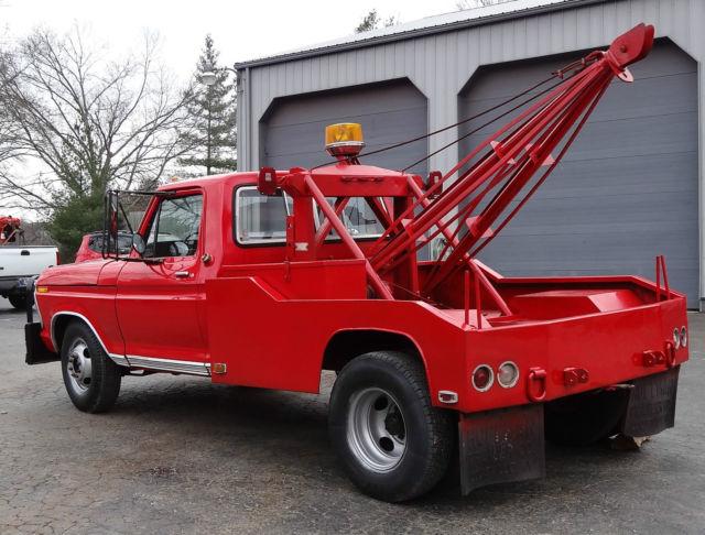1973 ford f350 wrecker 360 4 speed red have title. Black Bedroom Furniture Sets. Home Design Ideas
