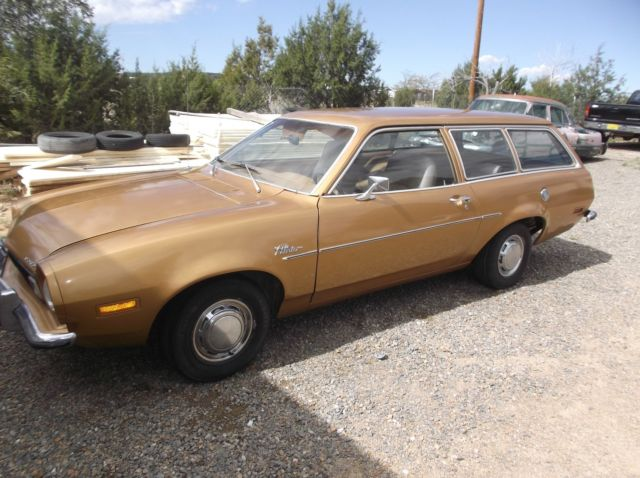 1973 ford pinto 2 door station wagon with a 2 0 litre 4 cylinder. Black Bedroom Furniture Sets. Home Design Ideas