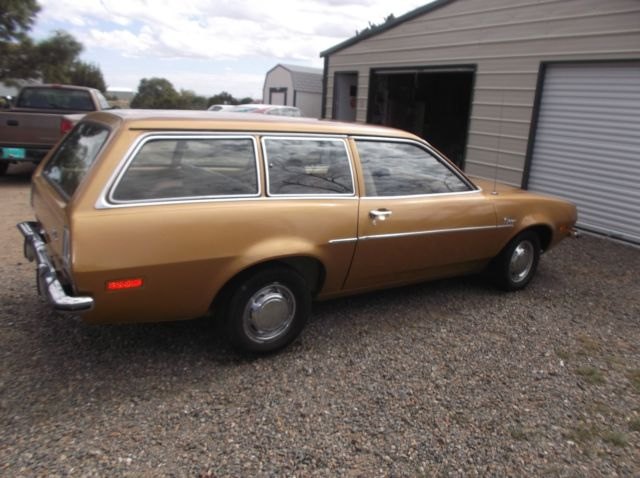 1973 ford pinto 2 door station wagon with a 2 0 litre 4