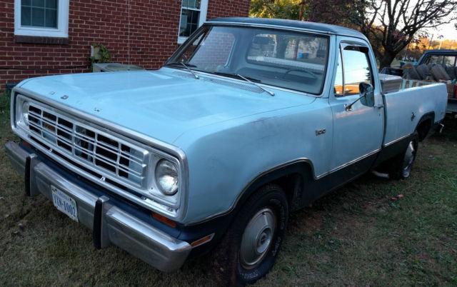 1975 Dodge D100 Pickup Truck - Southern Truck!