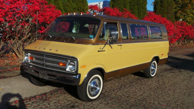 1975 dodge sportsman royal se maxi van incredible 27 764. Black Bedroom Furniture Sets. Home Design Ideas