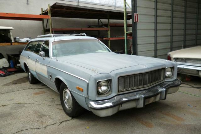 1975 Plymouth Gran Fury Base Wagon 4 Door 5 2l