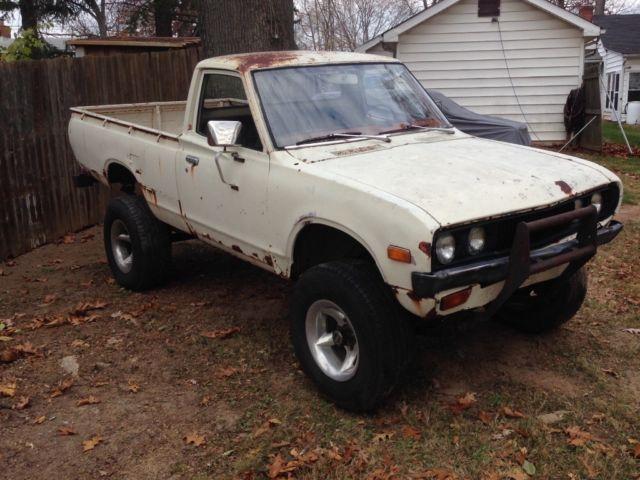 1976 Datsun 620 4x4 Pickup Great Project Truck