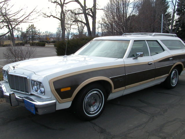 1976 ford gran torino squire station wagon 351 country squire 6 passenger. Black Bedroom Furniture Sets. Home Design Ideas