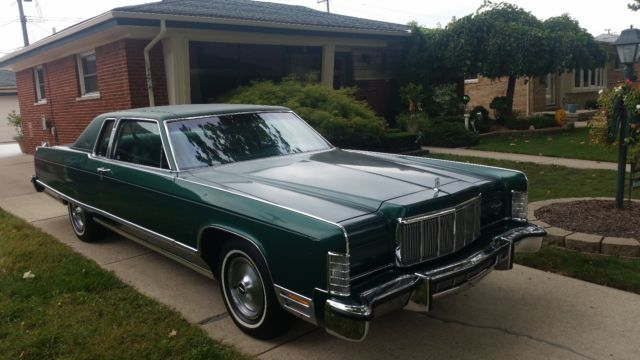1976 lincoln continental town coupe 49k runs and drives excellent immaculate. Black Bedroom Furniture Sets. Home Design Ideas