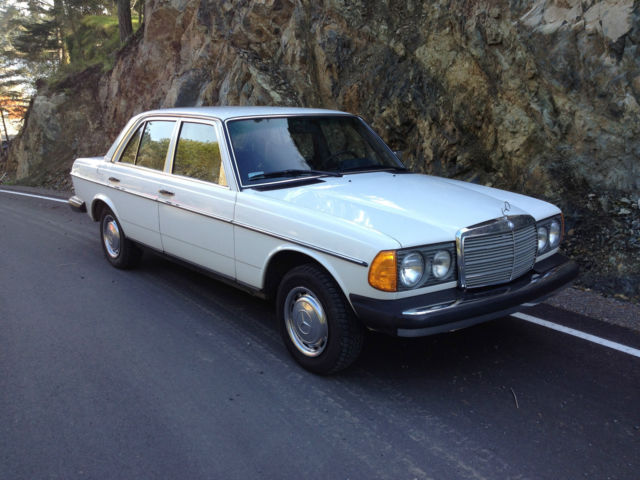 1978 mercedes 240d 4 speed diesel 117 km original for Mercedes benz 240 d
