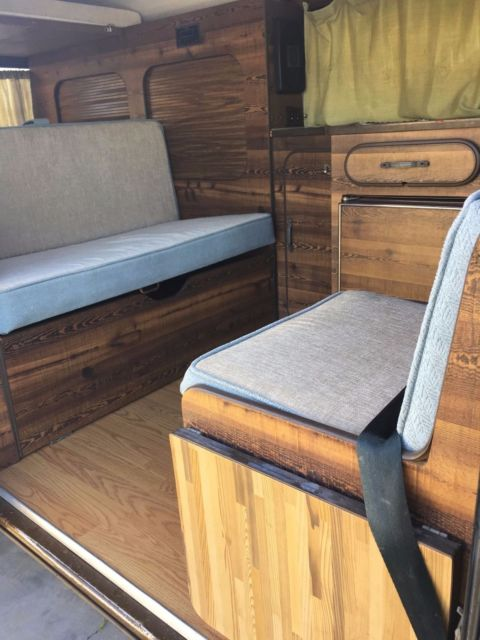 1979 Volkswagen Riviera Camper Bus Vanagon