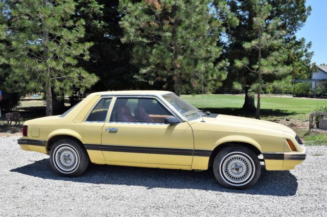 1981 ford mustang foxbody coupe. Black Bedroom Furniture Sets. Home Design Ideas