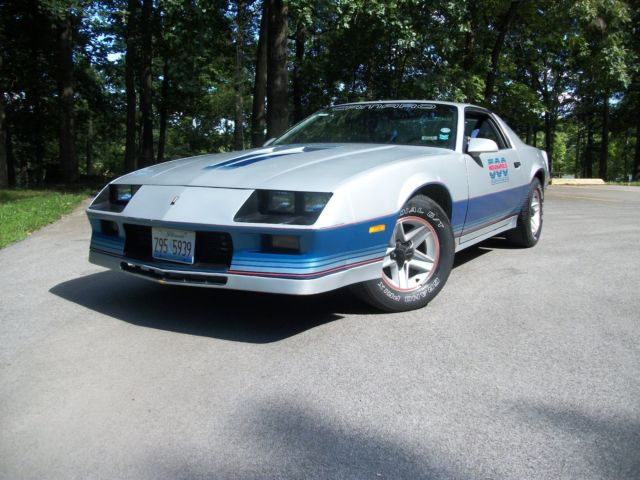 1982 Indy 500 Pace Car Z 28 Camaro