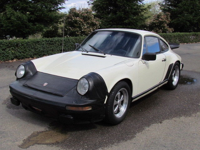 1982 porsche 911 sc sunroof coupe grand prix white matching 39 s nice. Black Bedroom Furniture Sets. Home Design Ideas