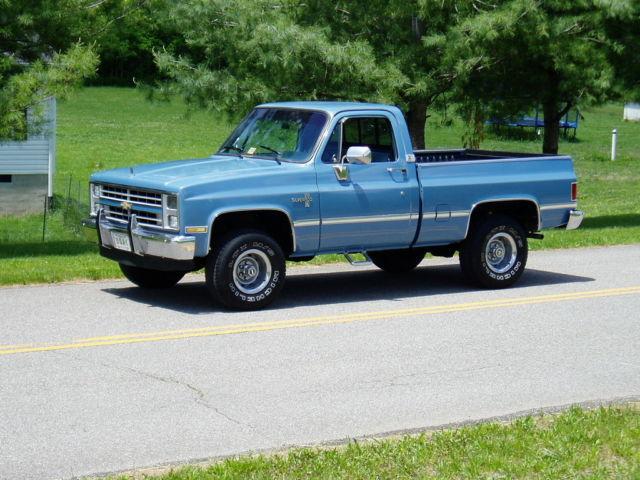 1984 chevrolet silverado 4x4 must see 350 engine show truck. Black Bedroom Furniture Sets. Home Design Ideas