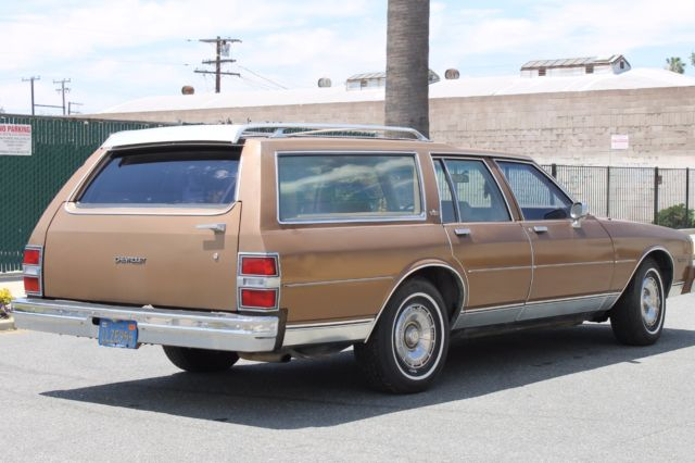 1985 chevrolet caprice classic 9 passenger station wagon classiccarsmarks com
