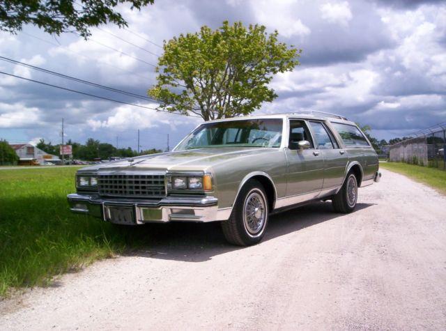 1985 chevrolet caprice classic wagon 4 door 5 0l classiccarsmarks com