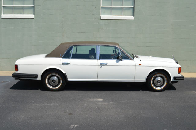 1985 ROLLS ROYCE SILVER SPUR IT'S NEAR PERFECT EVERYTHING