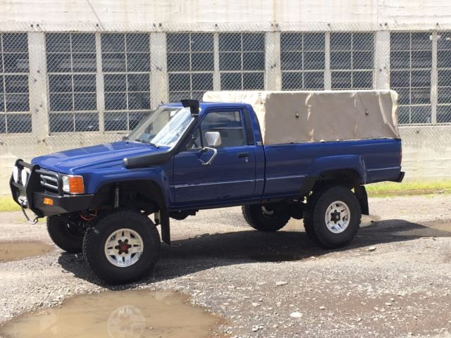 1985 toyota ln65 hilux turbo diesel 4x4 truck long bed. Black Bedroom Furniture Sets. Home Design Ideas