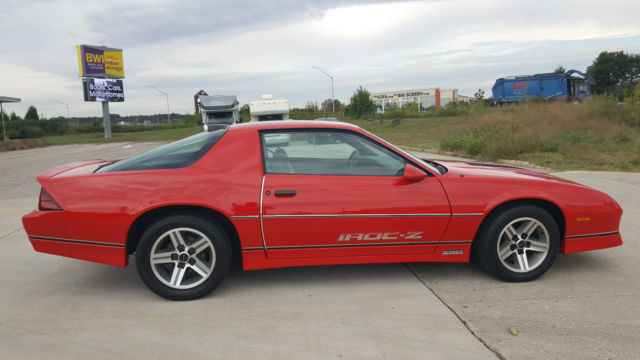 1986 chevrolet camaro iroc z28 beautiful original car only. Black Bedroom Furniture Sets. Home Design Ideas